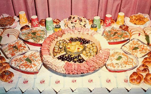 Davaus.net = Retro Buffet Party Food ~ Avec des idées ...
