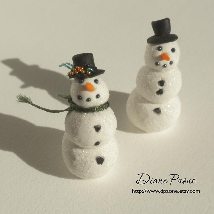 Tiny Snowman with Top Hat - Dollhouse Miniature by IGMA Artisan Diane ...