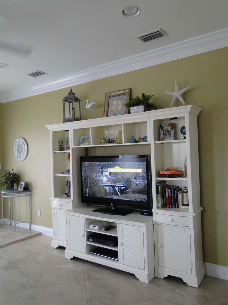Decorating Ideas > Decorating Top Of Entertainment Center Pictures To Pin On  ~ 050456_Christmas Decorating Ideas Entertainment Center