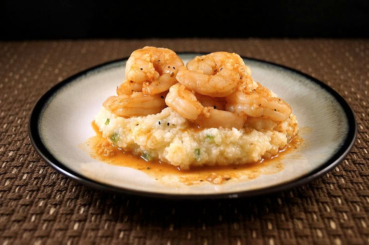Smoky Shrimp and Cheddar Jalapeno Grits (Guilt-free and Gluten-free)