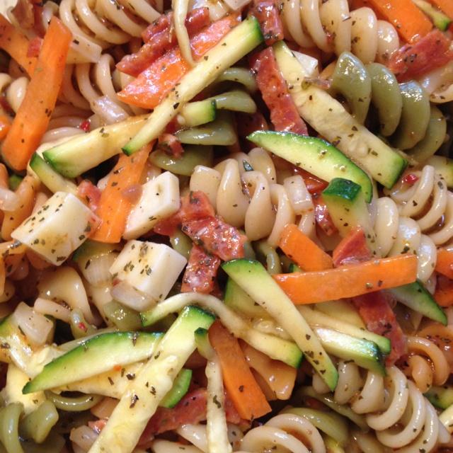 Mediterranean Pasta Salad 1/2 cup wishbone Italian dressing