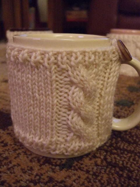 Knitting Gifts : mug cosy directions! Could you also make something like this from a ...