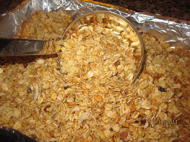 Homemade Granola Recipe | Yummie Food | Pinterest
