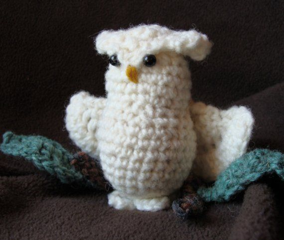 Snowy Owl and His Branch Crochet PATTERN in PDF Format
