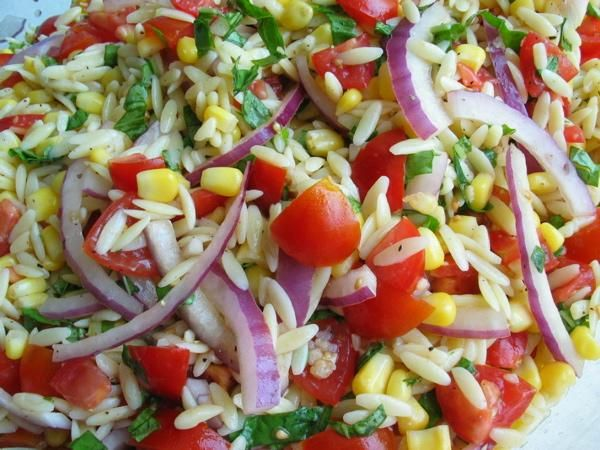 Orzo salad with corn, tomatoes and basil - make this all the time. It ...