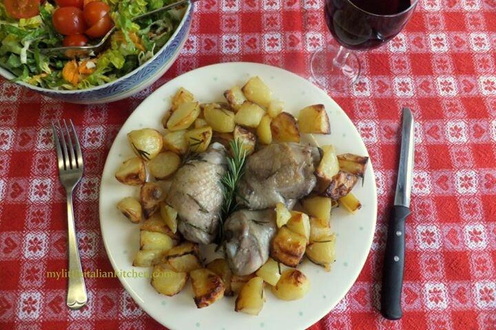 Roasted chicken in red wine & potatoes | Origen y Tradición Italiana ...