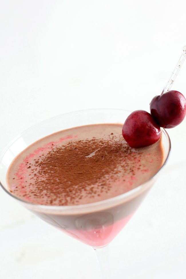 Chocolate Cherry Cordial Martini from Mandi/Making Nice in the Midwest