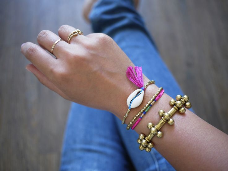 Diy shell bracelet beach amp nautical amp coastal inspiration