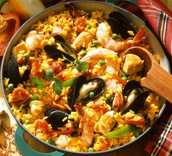 with chicken mushrooms and shrimp paella for 45 paella i easy paella ...