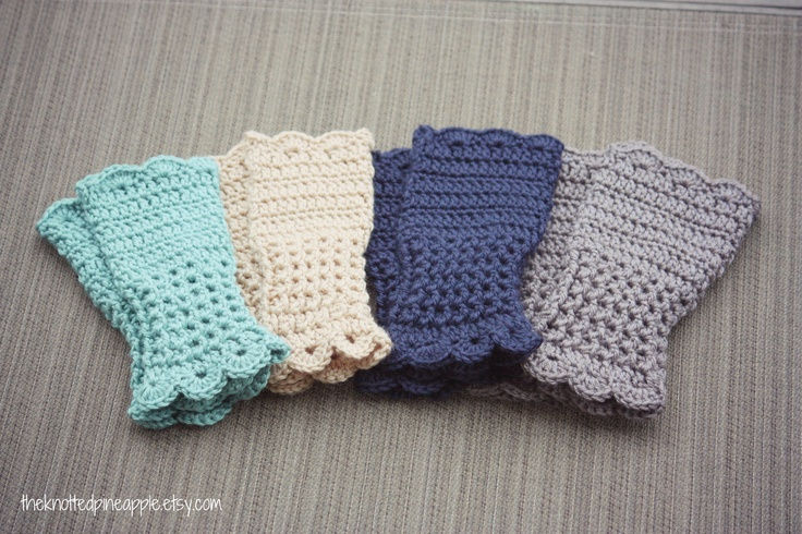 Crocheting Fingerless Gloves : Crochet Fingerless Gloves.