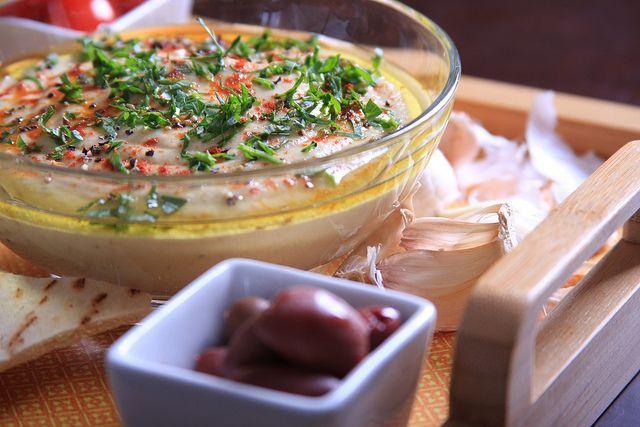 Majorly craving this now! Smoky Baba Ganoush with Roasted Garlic