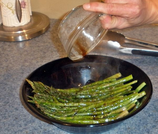 Baked Asparagus with Balsamic Butter Sauce recipe