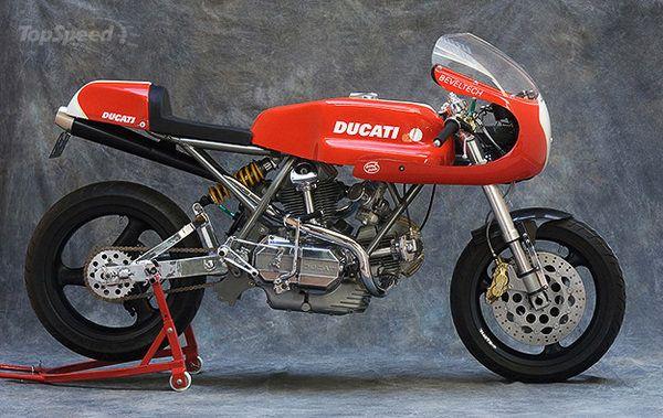 1975 Ducati Desmo