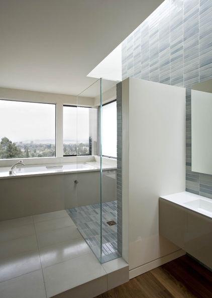 Iluminacion Natural Baños:Bathroom Tile Tub Surround