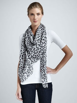 Black And White Clothing For Women - Women's Fashion Trends