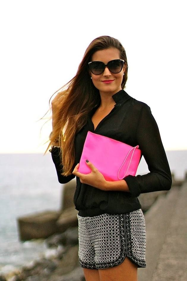 Next To The Sea   #Zara #Shorts #Blouse #clutch