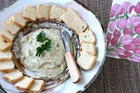 Cookin' Canuck: Artichoke & Hazelnut Pesto Spread/Dip Recipe