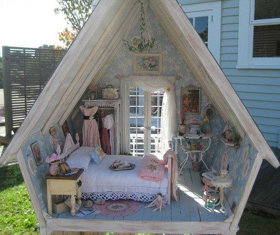 Life size doll house for Interieur maison shabby chic