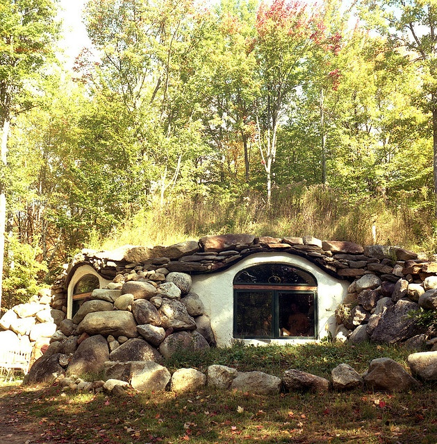 Cob And Rock House Cool Houses Gardens Transport Pinterest