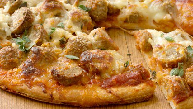 Meatball Pizza | Dashrecipes.com