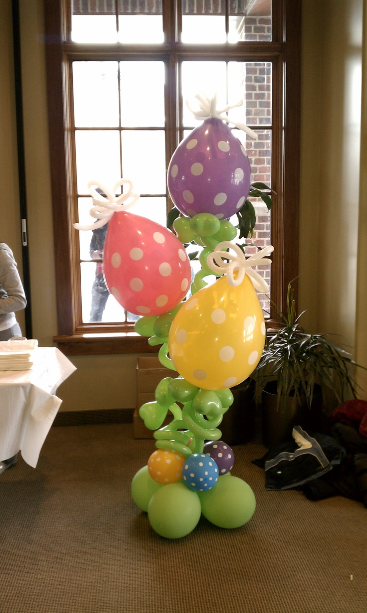 Easter balloon decor hey i made that pinterest Images for easter decorations