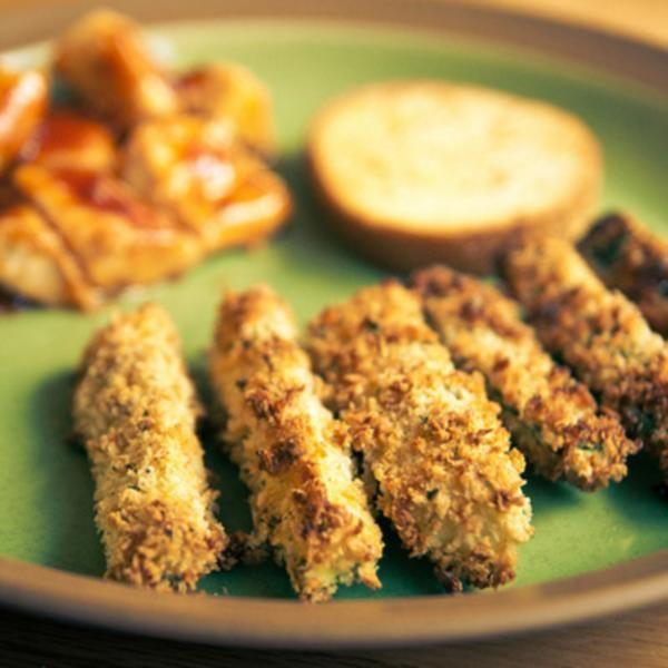 Easy Baked zucchini fries: zucchini, panko bread crumbs, parmesan ...