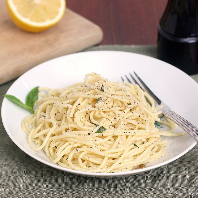 Spaghetti with Lemon and Olive Oil (al Limone) by Tracey's Culinary ...