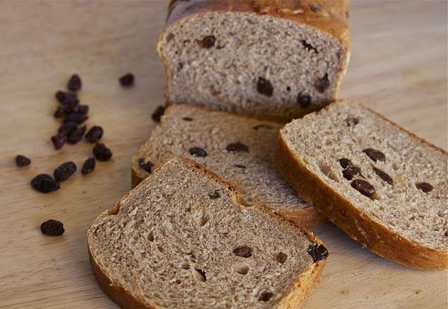 Cinnamon Raisin Loaf | YUMMY | Pinterest