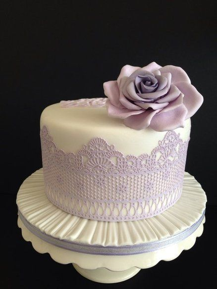Cake Decorating With Edible Lace : Wedding Cake ~ handmade Edible Lace and Sugar Flowers ...