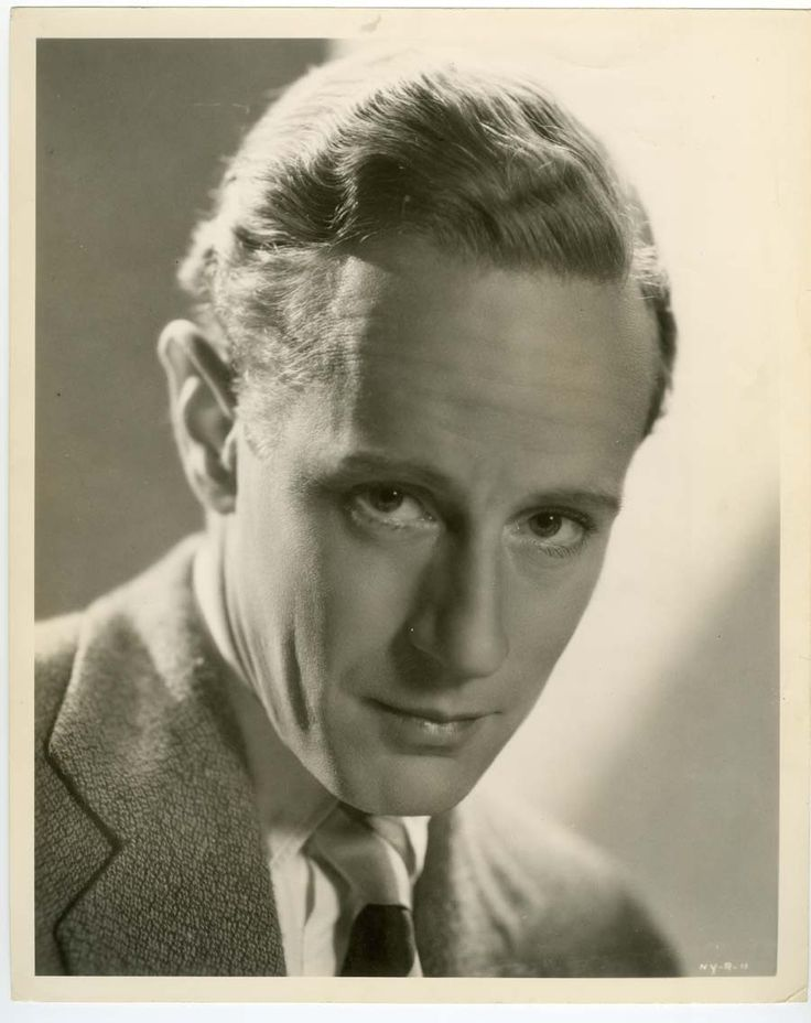 Leslie howard personalise guess who game pinterest for Who played scarlett o hara in gone with the wind