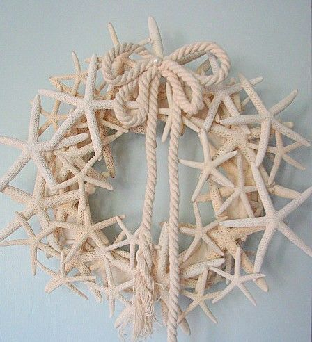 Starfish wreath - perfect for our bathroom!
