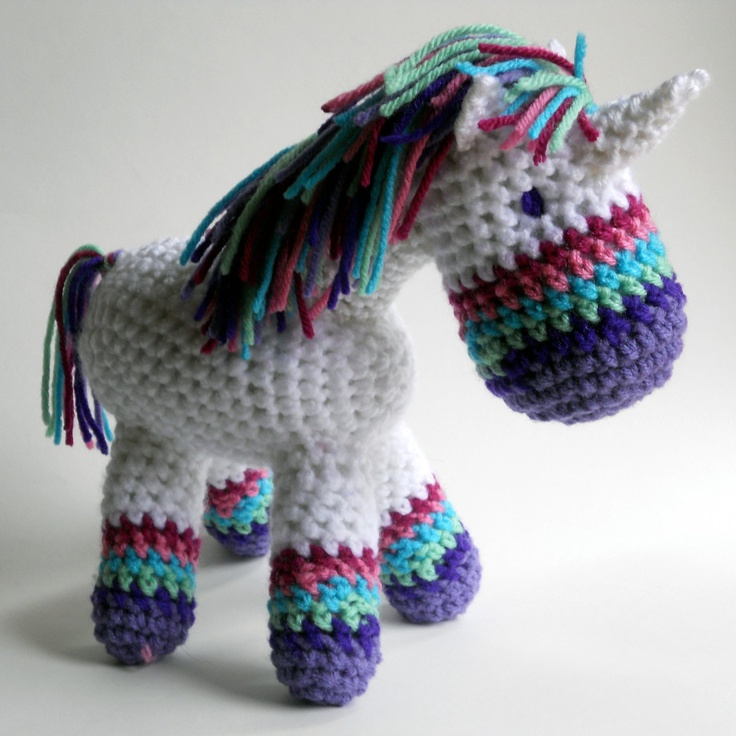 Crochet Unicorn : Crochet Unicorn on Etsy! So cute! @Mandy Bryant Faber likes this =)