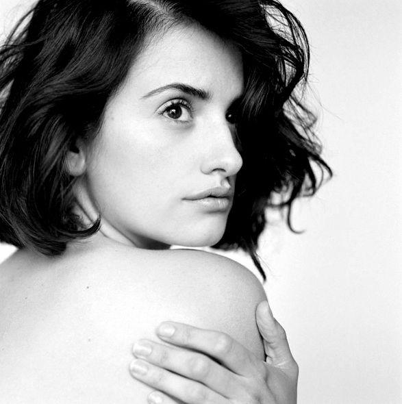 Penelope Cruz Black And White Photography Women Pinterest