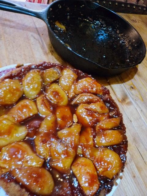 pear-cardamom tarte tatin | deliciousness | Pinterest