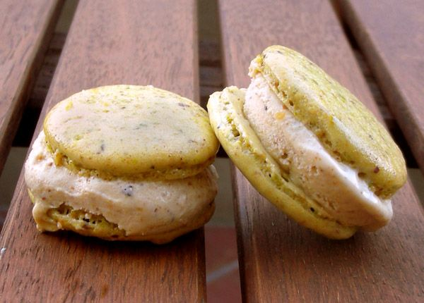 Roasted Pistachio Ice Cream + pistachio macaron ice cream sandwiches