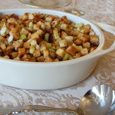 Bread Sage Stuffing ~ this is pretty much the stuffing I have made for ...