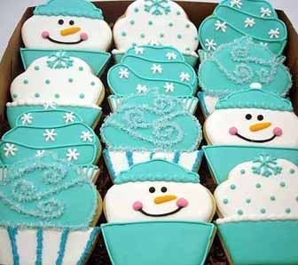 snowman cupcake cookies - I wonder if the cupcake cookie cutter you have would work for this? so cute!