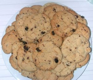 the BEST vegan chocolate chip cookies i have EVER tasted. incredibly ...