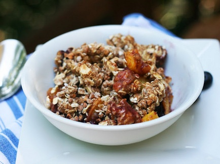 Peach Blueberry Breakfast Crumble   Favorite Recipes   Pinterest