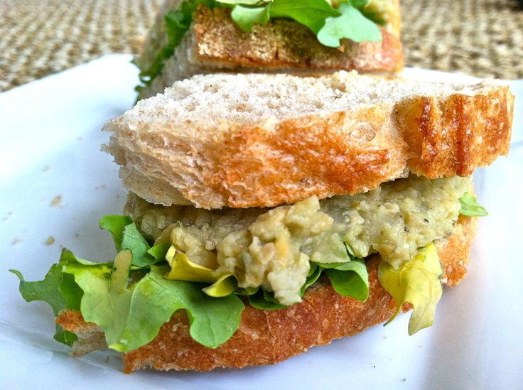 Smashed Chickpea & Avocado Kale Sandwich | What's for Dinner: Vegetar...