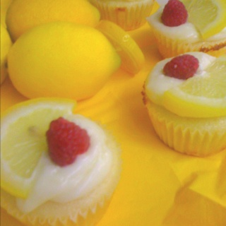 limoncello cupcakes. | It's a party! | Pinterest