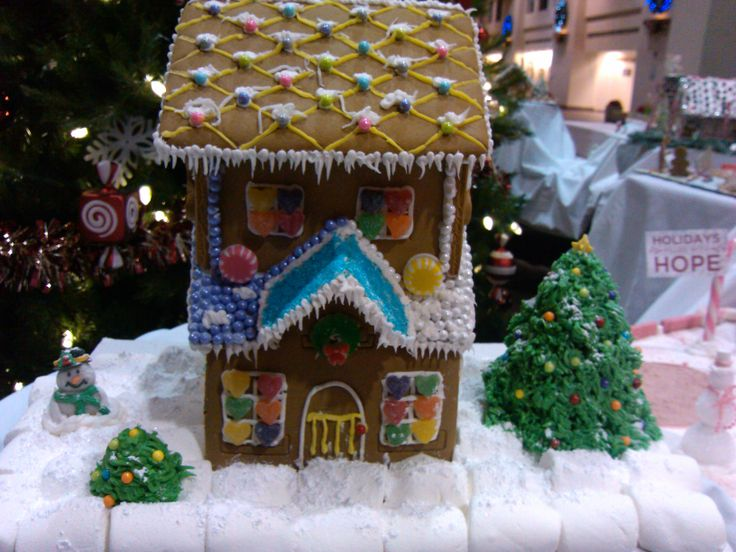 2012 gingerbread house contest entry
