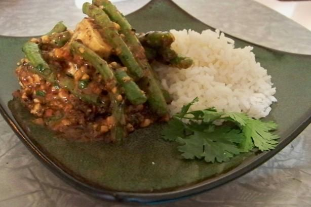 Green Beans & Tofu With Crunchy Thai Peanut Sauce, from Mollie Katzen ...