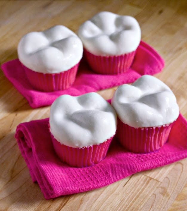"""Tooth shaped cupcakes! This food blog is run by a dentist and is appropriately called """"Sweet Tooth""""!"""