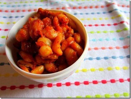 maple baked beans {vegan} | Broccoli Hut | Pinterest