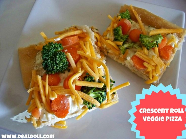 Easy Crescent Roll Veggie Pizza Recipe.  Super easy to make and always a huge hit! www.dealdoll.com