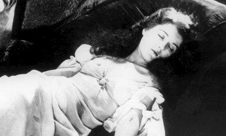 Edgar Allan Poe's Shockingly Unsensational Storytelling