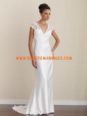 Robe de mariée originale col V broderies  Robes de mariée ...