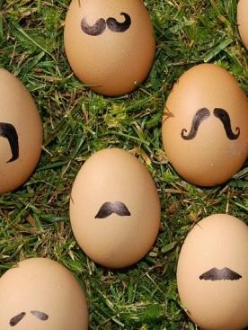 Een ei met snor :)