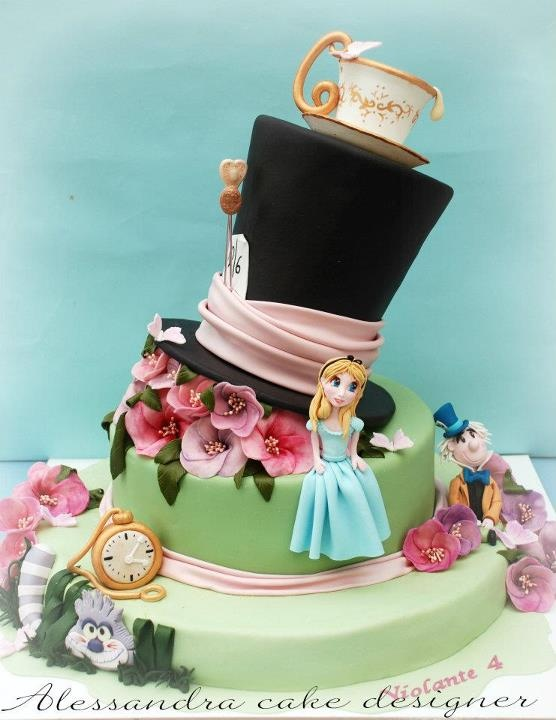 Great Alice in Wonderland Cake!